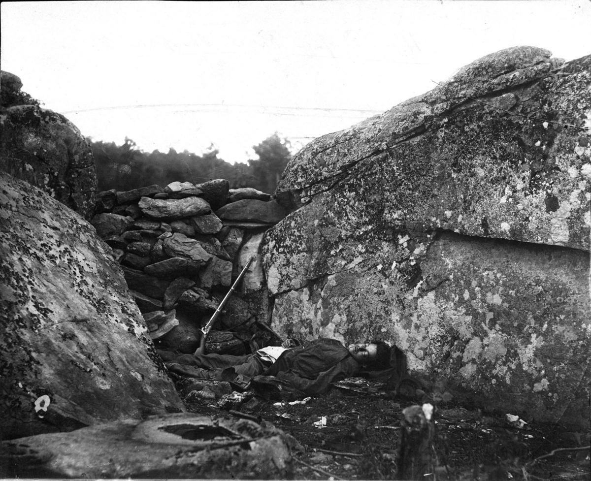 The Devil's Den. Gettysburg. Civil War Ghosts.
