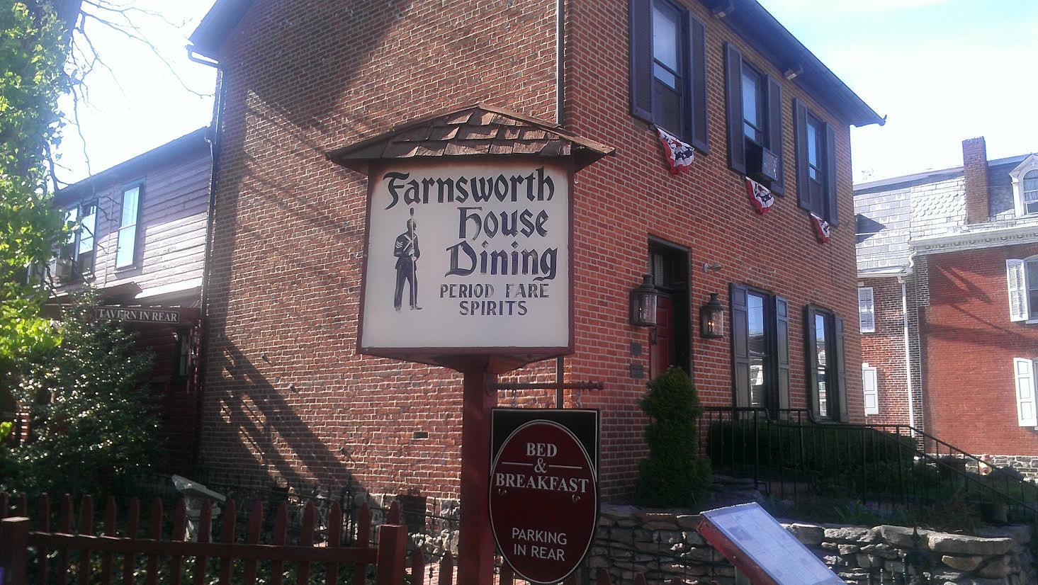 Hauntings at The Farnsworth House Inn, Civil War Ghosts, Ghosts in Gettysburg