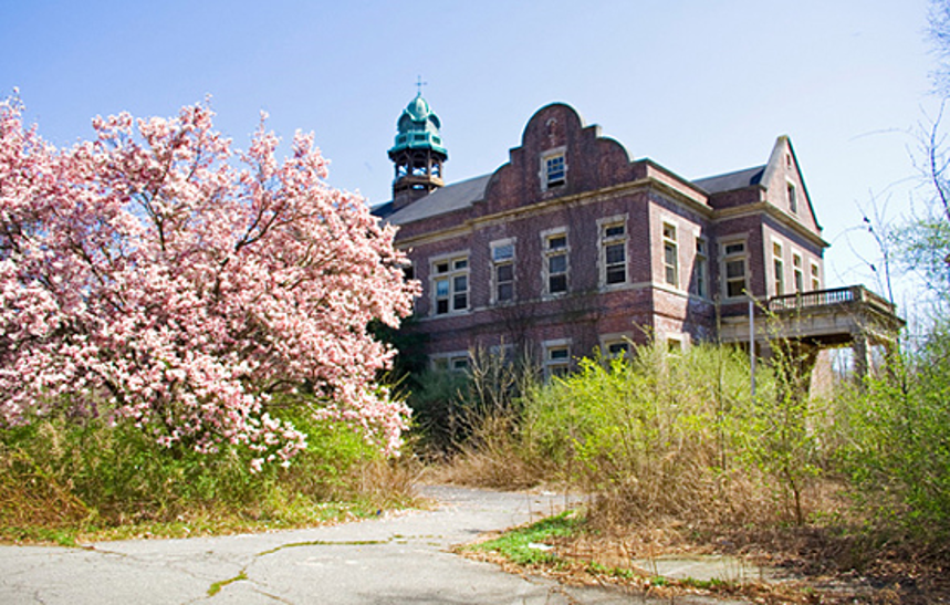 Pennhurst State Hospital and School, Haunted Places in Pennsylvania